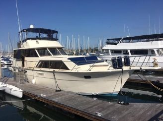 1980 Pacemaker Motor Yacht