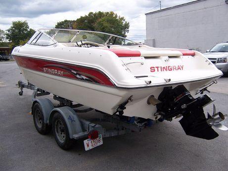 2002 Stingray 230 SX
