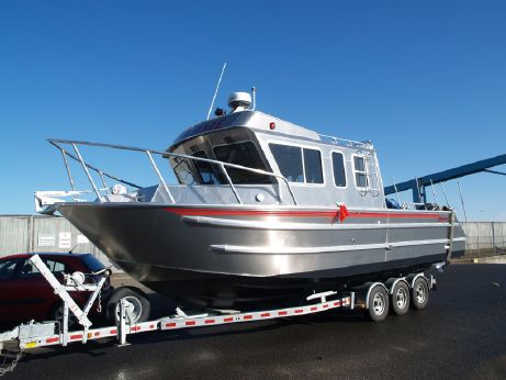 2013 Armstrong Marine 30' Mono Cuddy