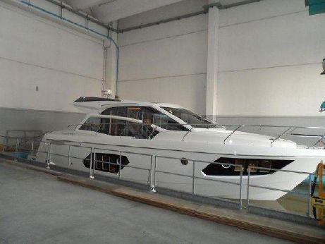 2015 Absolute 45 STY Express Sport Yacht