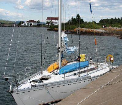 1984 Beneteau First 38