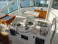 photo of  50' Hatteras Convertible