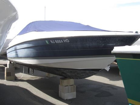 1997 Bayliner 2350 Capri LS