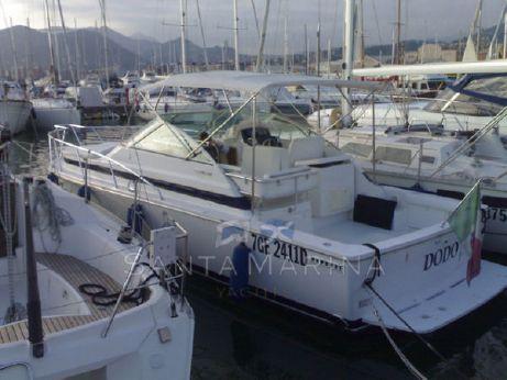 1997 Bertram Yacht Bertram 30 Moppie