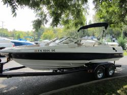Photo of 21' Regal 2100 LSR