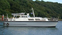 1962 Osborne twin engine motor yacht