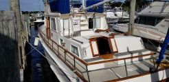 1985 Grand Banks 42 Classic Queen Island Aft