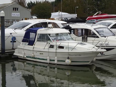 1998 Marex 280 Holiday