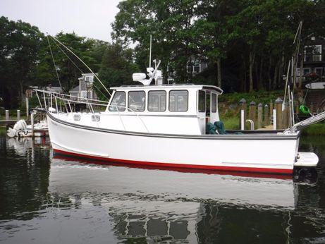 2004 Downeast Willis Beal Lobster Pilothouse Cruiser