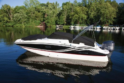 2015 Hurricane SD 2400 OB