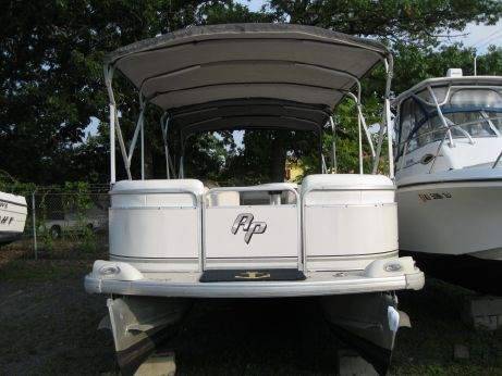 2002 Aqua Patio 240 RS