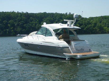 2009 Cruisers Yachts 420 Sports Coupe