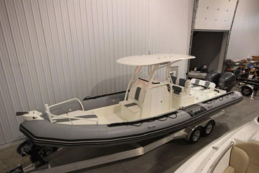 2017 Zodiac Pro Open 850 Optimum NEO Twin 250hp DEC In Stock - DEMO