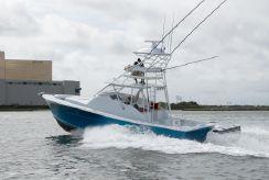 2019 Release Boatworks 43 Walkaround Outboard