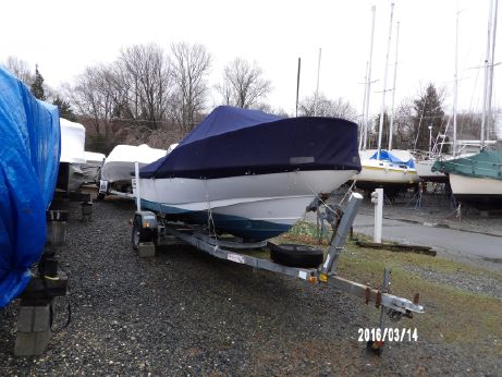 1998 Boston Whaler Outrage 17