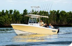 2015 Bluewater 2350 Center Console