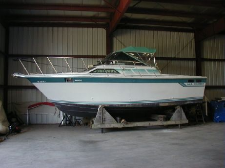 1989 Baha Cruisers Sport Fisherman