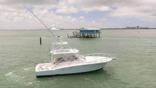 2014 Cabo Yachts 40 EXPRESS