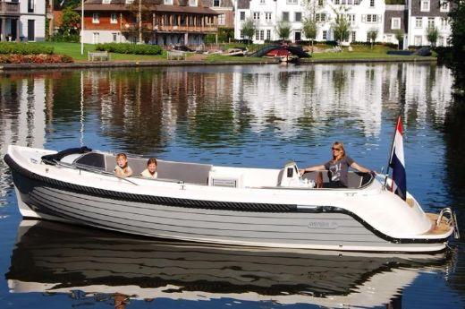 2017 Interboat 760 Intender