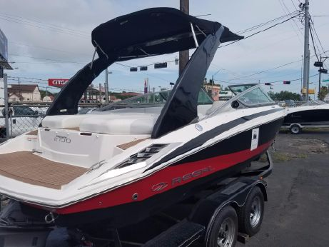 2012 Regal 2100 Bowrider