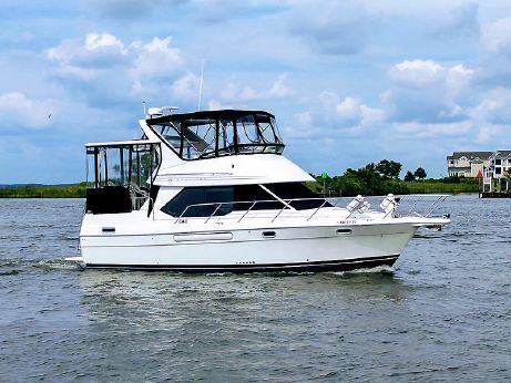 1996 Bayliner 3587 Motor Yacht