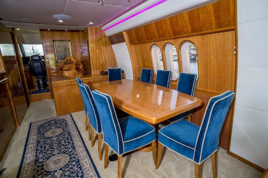 Viking Sport Cruisers 84 Dining Table