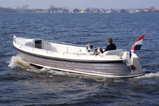 2017 Interboat 770 Intender