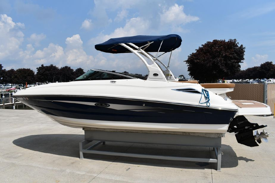2014 Sea Ray 240 Sundeck Power Boat For Sale - www