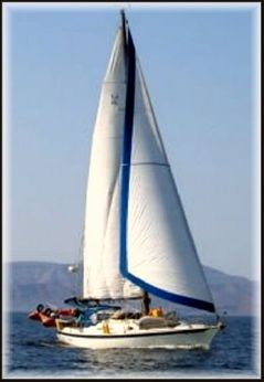 1982 Ericson 38 Sloop