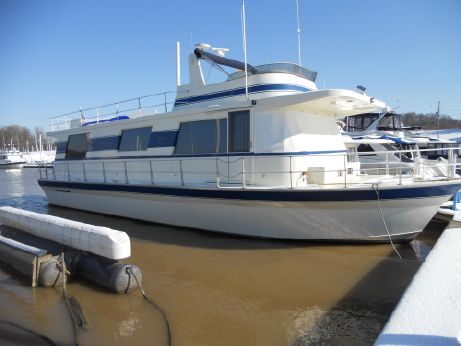 1996 Pluckebaum Houseboat