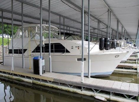 1977 Chris Craft 350 Catalina