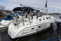 2006 Hunter 41 Deck Salon