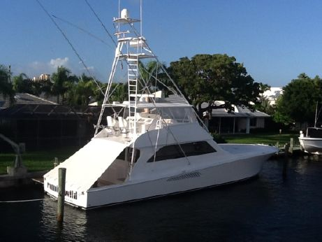 2001 Viking Yachts Convertible
