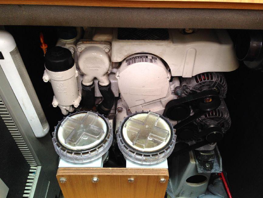 Jeanneau 57 Yacht Engine