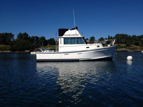 1989 Cape Dory 28 Power Yacht
