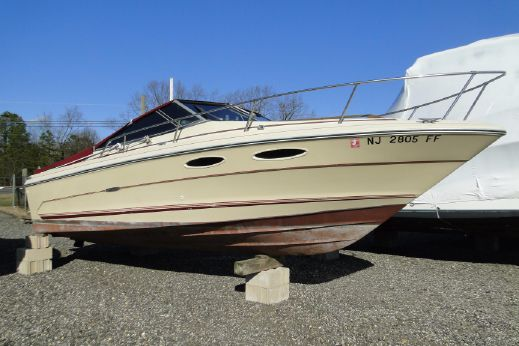 1985 Sea Ray 230 Cuddy - Engine Replaced