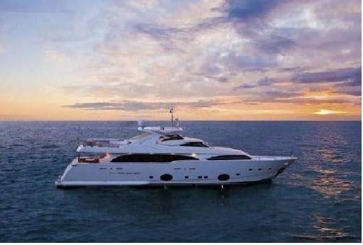 2007 Ferretti Custom Line 112 Motor Yacht