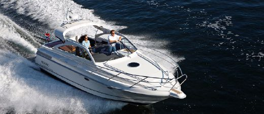 2012 Marex 350 Cabriolet open lounge