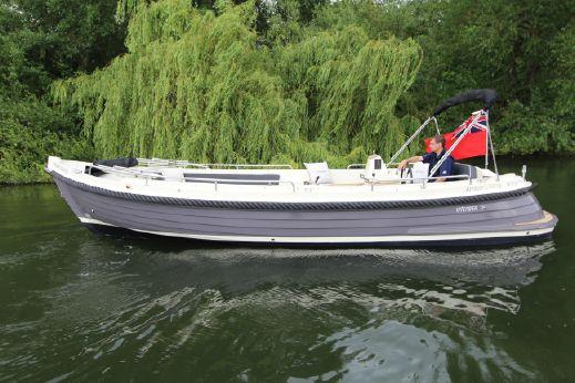 2017 Interboat Intender 770 Xtra