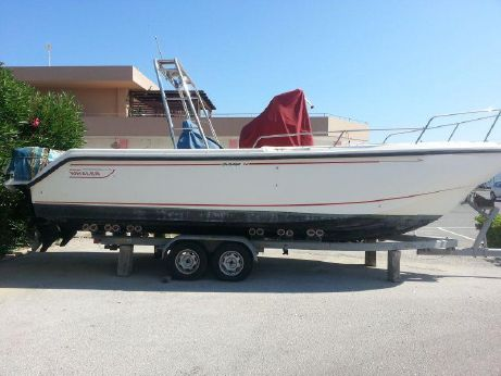 1998 Boston Whaler 26' Outrage