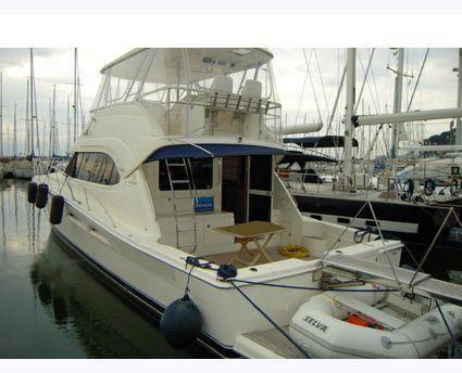 2005 Riviera Marine 51