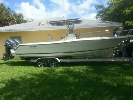 1996 Pursuit 2470 Center Console