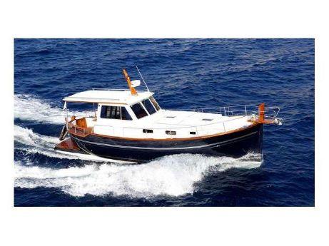 1999 Menorquin Yacht 120