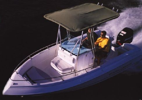 2001 Campion Explorer 582 Center Console