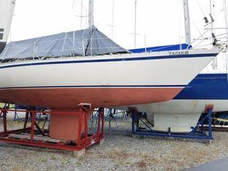 1982 Canadian Sailcraft 36