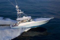 2016 Viking Yachts Open