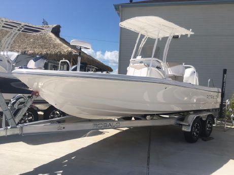 2018 Robalo 206 Cayman