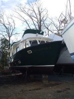 1973 Pearson Motor Yacht