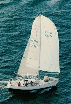 1984 J Boats J-35