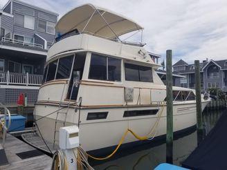 1979 Pacemaker 46 Flush Deck Motor Yacht